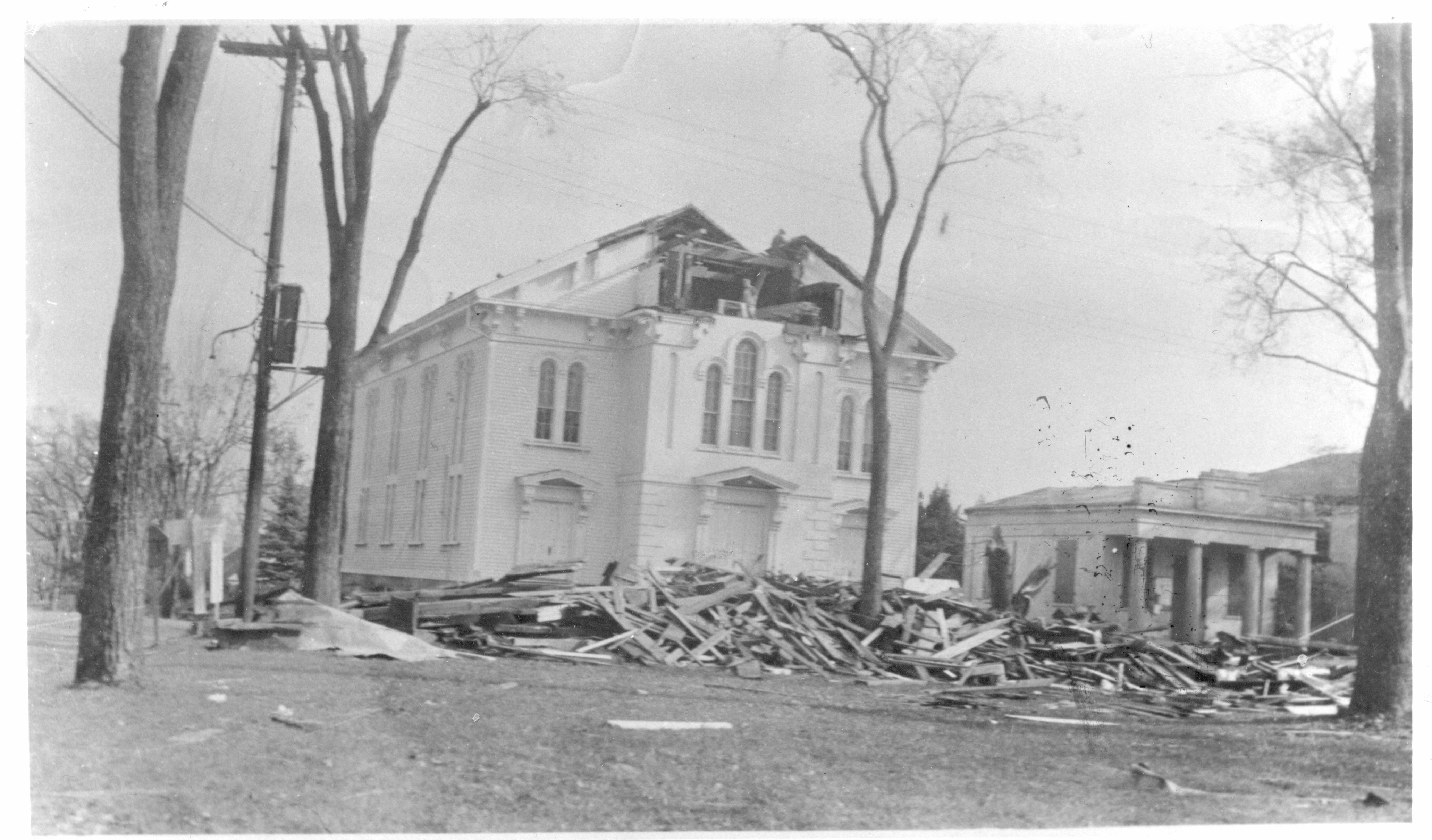 1938 Hurricane - Thompson Congregational Church without steep